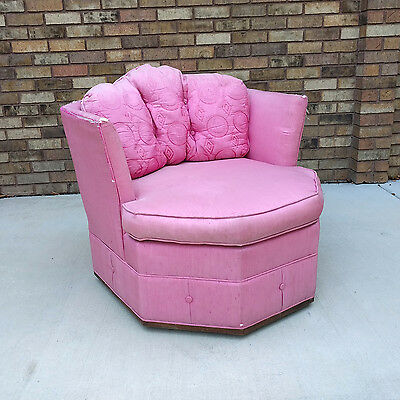 HOLLYWOOD regency geometric swivel club chair mid century modern vtg 1960s