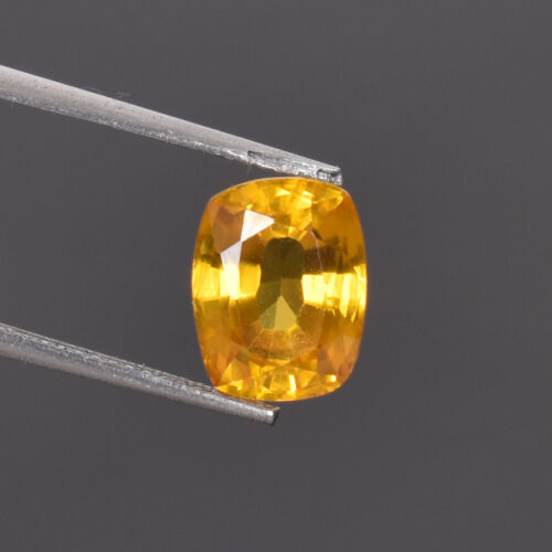 4.00 Ct Natural Oregon Flawless Sunstone Yellow Golden Color Certified Gemstone
