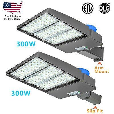 150W 300W LED Parking Lot Light With Photocell Street Pole Light -