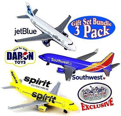 Daron Southwest  Jetblue   Spirit Airlines Die Cast Planes Gift Set   3 Pack