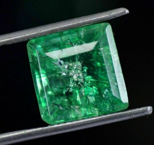Natural 6.99 Ct Colombian Certified Green Emerald Loose Gemstone