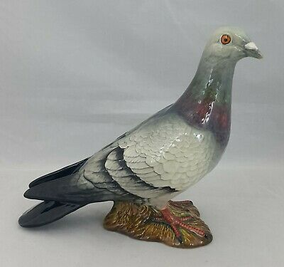 Beswick Bird Grey Pigeon Model 1383B