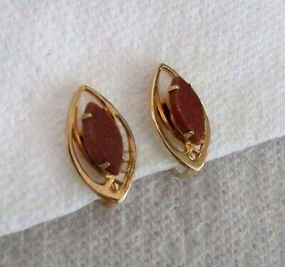 - vintage Goldstone aventurine Art Glass Gold clip Earrings elegant marquis cabs