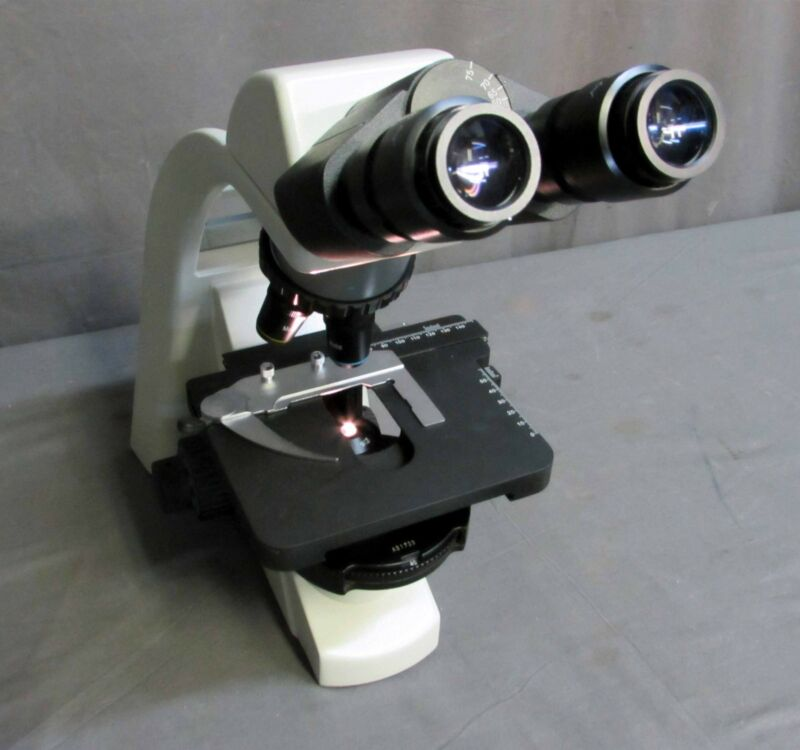 *Motic BA300 Phase-contrast Binocular Compound Microscope with 4 Objectives