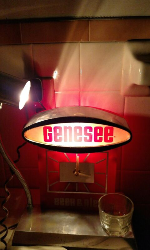 Rare vintage advertising Genesee beer ale store bar display clock lamp working