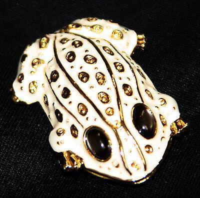 Vintage gold tone white enamel frog pin brooch Danecraft stone eyes
