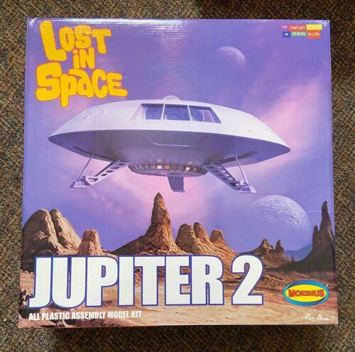 Moebius Lost in Space Jupiter 2 Missing Parts!