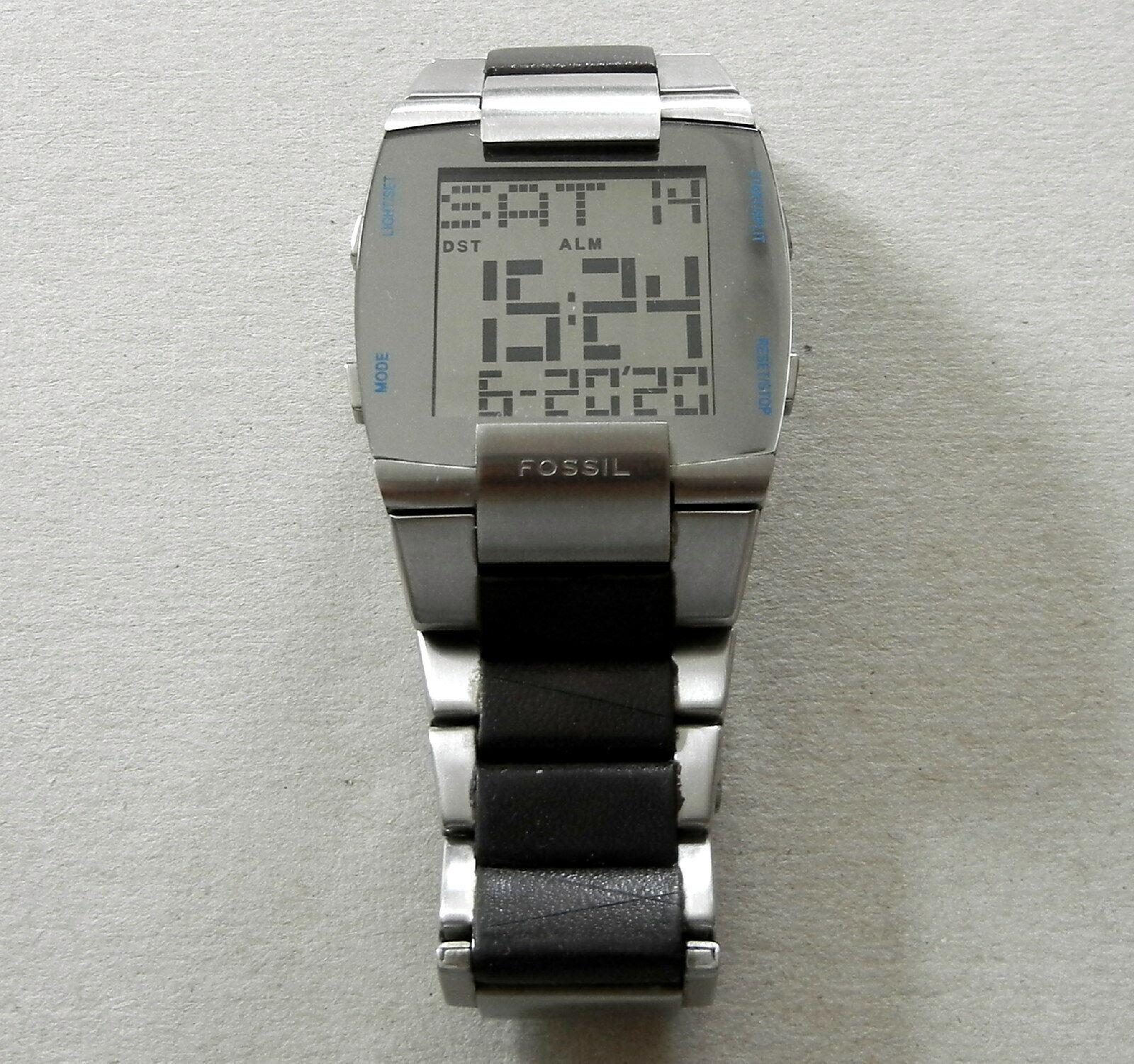 Fossil JR-9456 Herren Digitaluhr – Monitor-Look