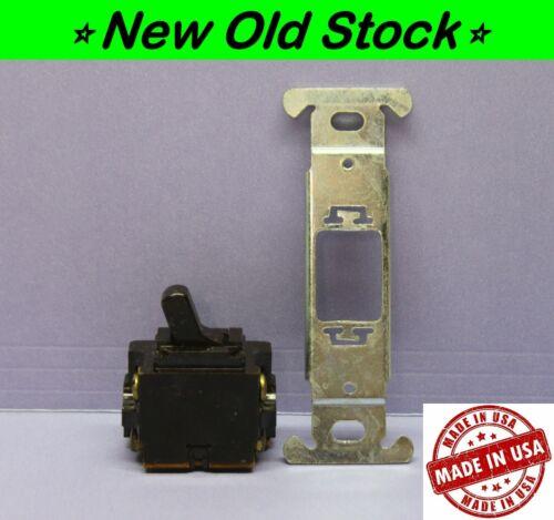 Vintage Despard Interchangeable Toggle Light Switch, 4-Way w/ Strap/Bracket, P&S