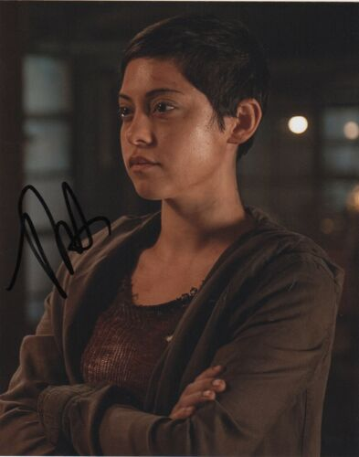Rosa Salazar Maze Runner Autographed Signed 8x10 Photo COA #J2