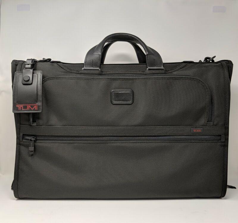 New TUMI Alpha 2 Tri-Fold Carry-On Garment Bag * Black FXT Nylon * 22137D2
