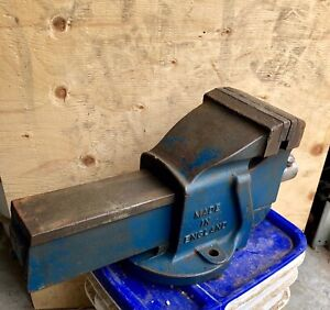 Record #5 bench vice.  Made in England