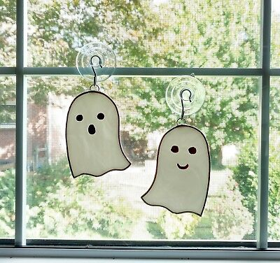 Ghost Stained Glass Suncatcher, Halloween Decoration, Ghost Ornament, Fall Decor