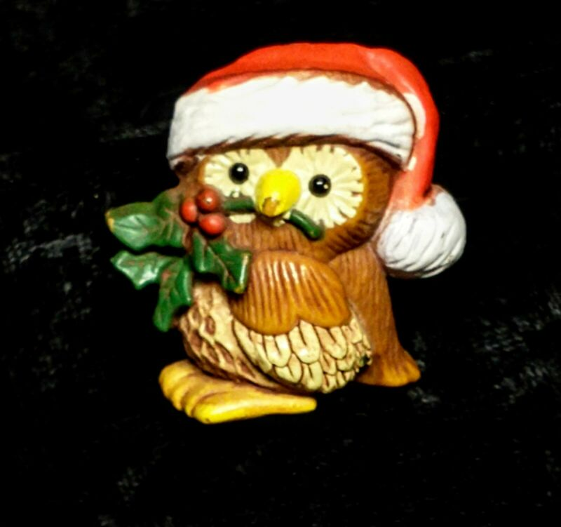 Vintage Hallmark Christmas Owl Pin Santa Hat Holly Berries