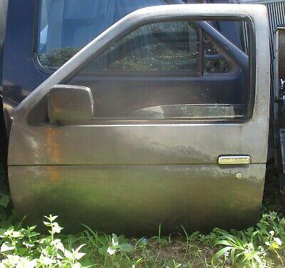 86 87 88 89 90 91 92 93 94 95 96 97 NISSAN D21 PICK UP TRUCK * LEFT FRONT DOOR * 93 Truck Front Door