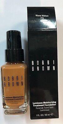 Bobbi Brown Luminous Moisturizing Treatment Foundation in Warm Walnut #7.5-Boxed