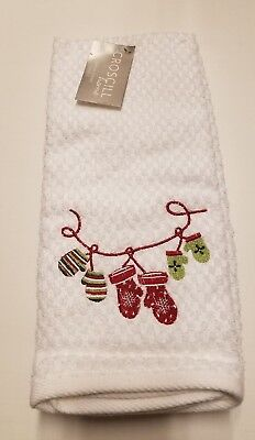 Croscill Home White Christmas 2 Kitchen Towels Red Green Embroidery Mittens