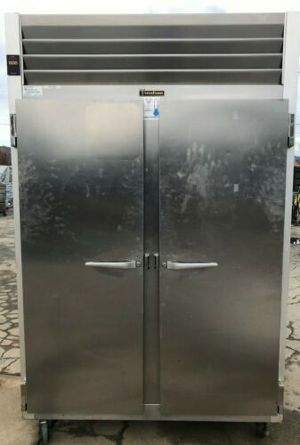 traulsTraulsen G20010 Solid Door Reach-In Refrigerator
