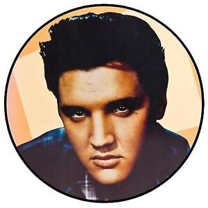 ELVIS-COLOUR-FUN-CAR-TAX-DISC-HOLDER-BRAND-NEW-REUSABLE-GIFT-XMAS
