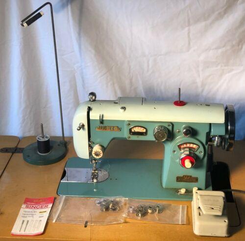VTG White Sewing Machine 672 Disc-O-Matic Zig Zag Turquoise Atomic Design Runs!!