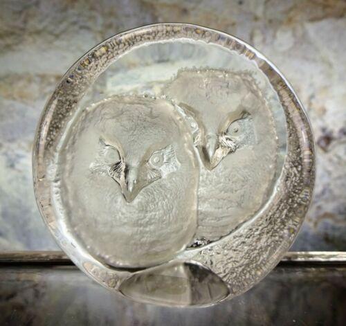 SIGNED MATTS JONASSON SWEDEN CRYSTAL 2 OWLS ART GLASS PAPERWEIGHT SCULPTURE