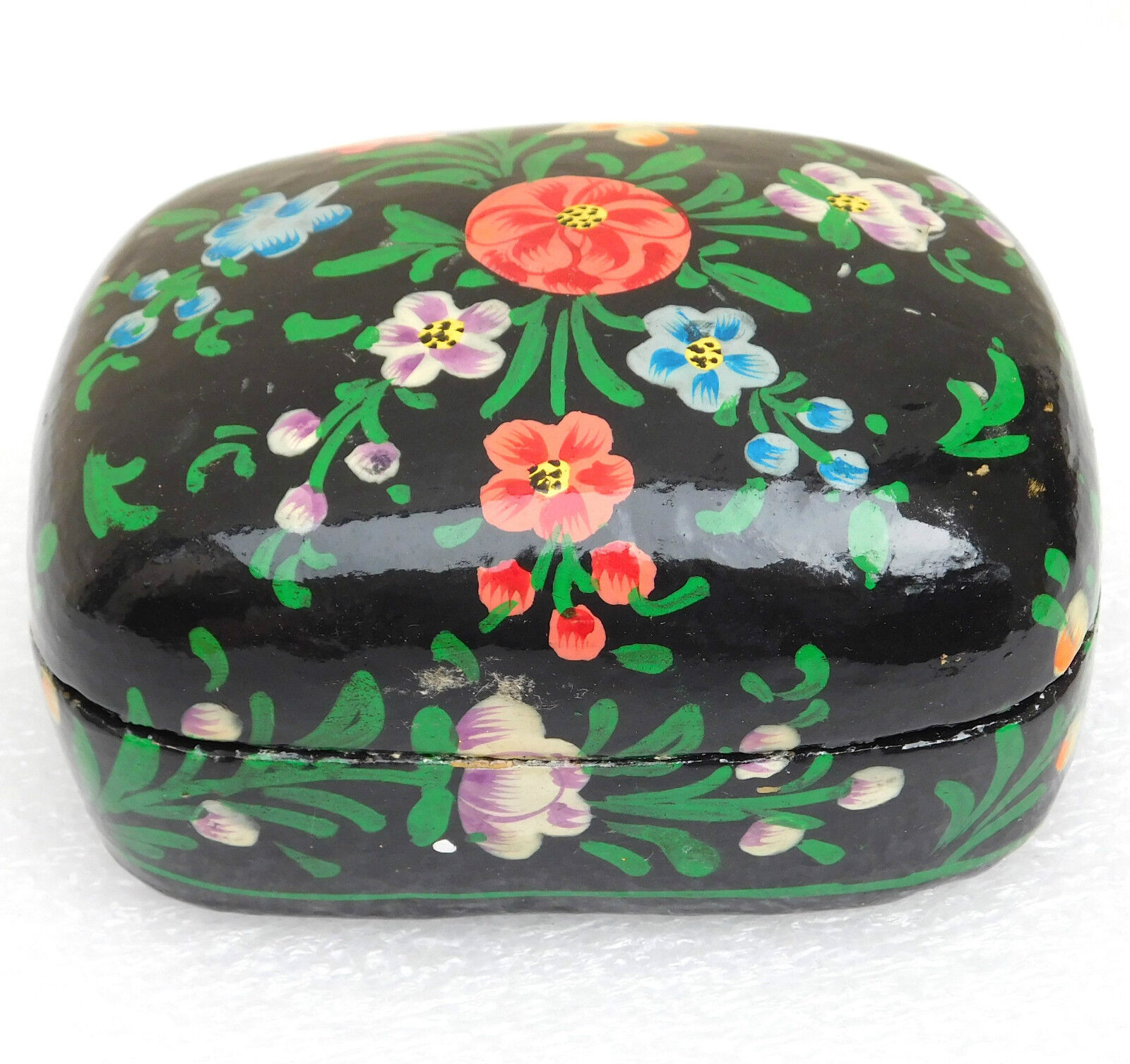 Papier mache trinket box Lacquer tea caddy box Flower pattern Kashmir India