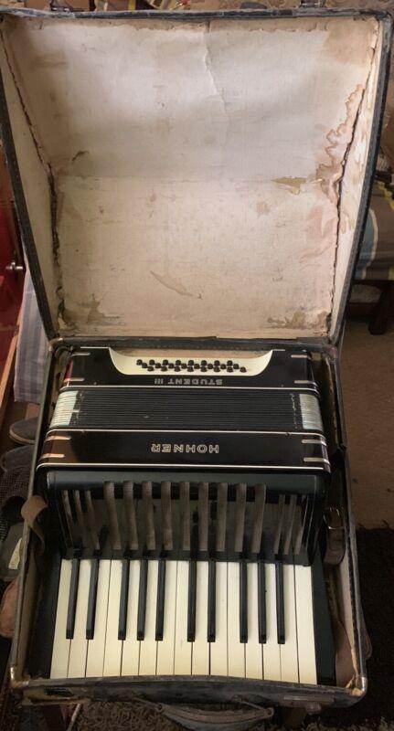 Hohner Student III 24 Bass Piano Accordion + Case - Black/White Art Deco Design