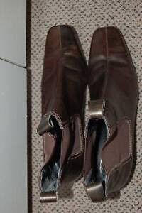 Laura Benini Custom Made Boots Size 9 Bronze Brown with Stretch Gusset Zeehan West Coast Area Preview
