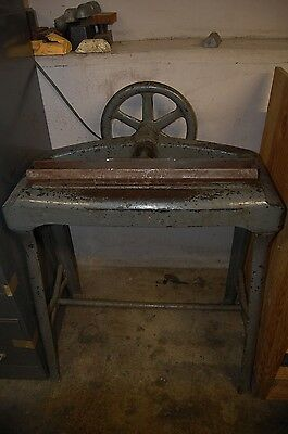 Antique Heavy Duty Stand Bookbinding Backing Press