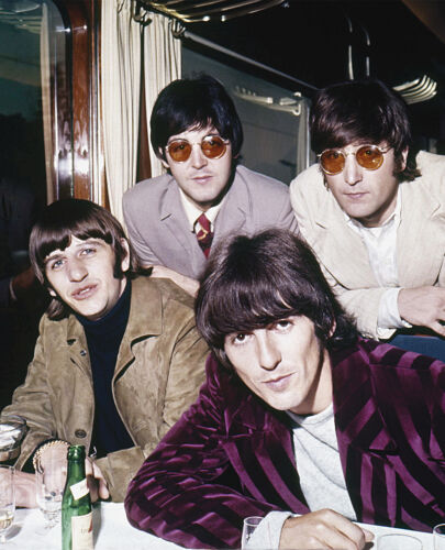 THE BEATLES 8X10 CELEBRITY PHOTO PICTURE 7