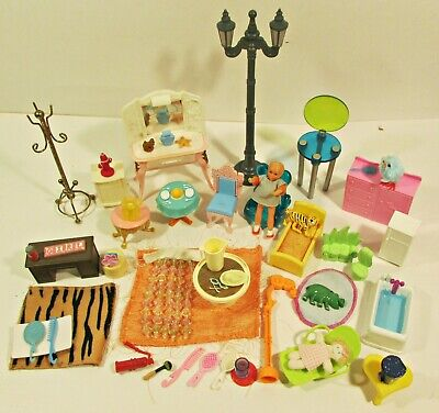 VINTAGE LOT OF DOLLHOUSE FURNITURE AND ACCESSORIES MP BARBIE ETC