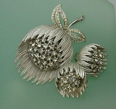Vintage Silver Plate Flower Brooch / Clip on Earrings Designer Jewelry Set *