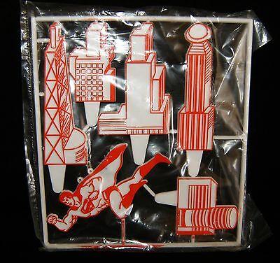 NOS 1978 DC Comics SUPERMAN Metropolis City Unused CAKE Decoration Scene ](Supermans City)