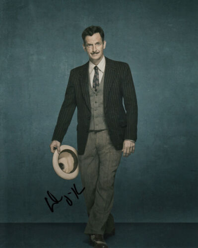 DENIS O'HARE AMERICAN HORROR STORY SIGNED 10X8 PHOTO AFTAL & UACC [14909]