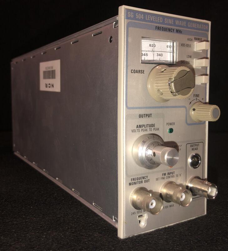 Tektronix SG504 Leveled Sine Wave Generator