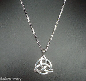 Celtic Triquetra Trinity Knot Pendant Silver Plated Long Chain Necklace - 24