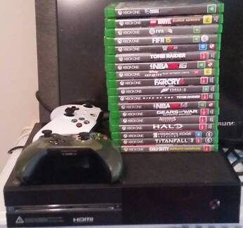 (Great Condition) Xbox One, 2 controllers and 18 games