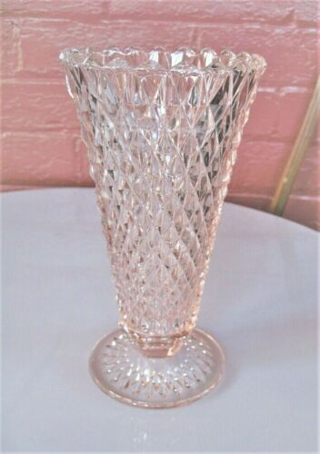 """Indiana Glass Pink Diamond Point 8"""" Footed Vase"""