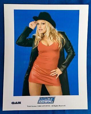 WWE Smackdown on UPN 8x10 Glossy Promo Photo - Trish Stratus 2001 (Cowboy Hat)
