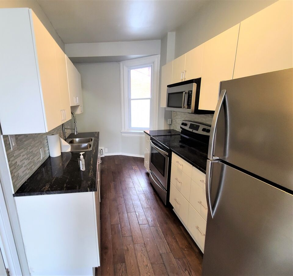 Rent Houses In Nanny Goat Hill Ontario Rentalslocator Ca
