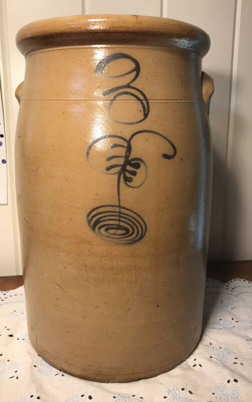 "Antique Red Wing Bee Sting Pottery Stoneware Crock 14"" X 9"""