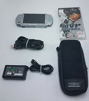 Sony PSP 2001 Silver Handhled Bundle w/ Case & Game New Battery Tested Working