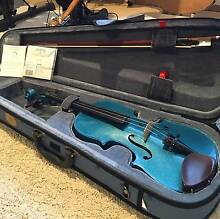 Hardly used Stentor handmade 3/4 Violin including spare strings Seven Hills Blacktown Area Preview