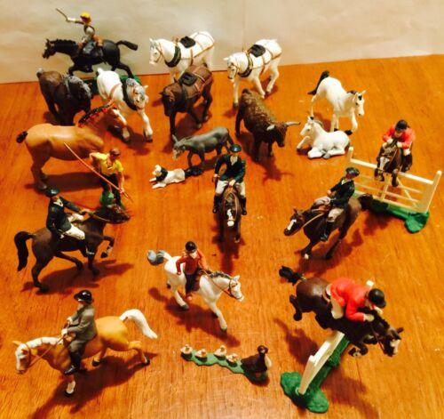 21 Pieces EQUESTRIAN HORSES/ANIMALS by BRITAINS LTD Vintage. child
