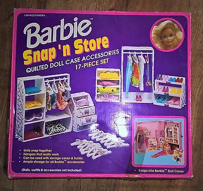 ORIGINAL 1992 MATTEL BARBIE Snap and Store Quilted Doll Case Accessories