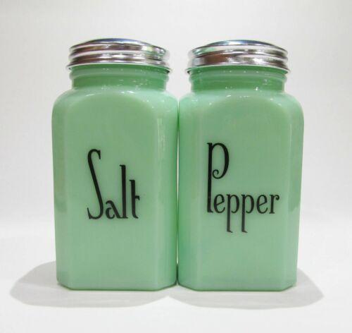 Jadite Salt Pepper Set Lg Range Size Hazel Atlas Vintage Style 40s 50s Kitchen
