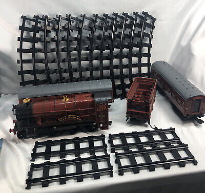 Lionel Hogwarts Express Electric O Gauge Model Train Set FOR PARTS ONLY! As Is!!