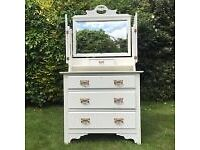 Dressing Chest / Chest of Drawers
