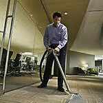 Commercial Carpet Cleaning Technician