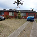 Spacious house  with free Wifi and TV - 4 Rooms to share Macquarie Fields Campbelltown Area Preview